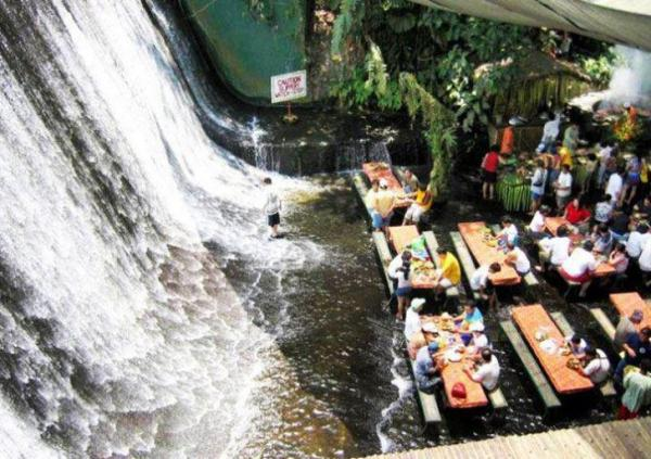 Philipines Waterfall-restaurant