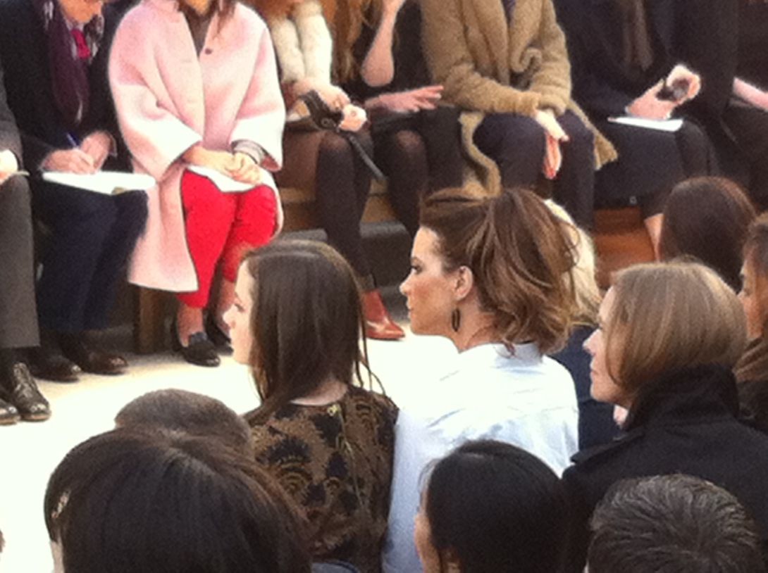 Kate Beckinsale - Burberry Prorsum AW Catwalk Show