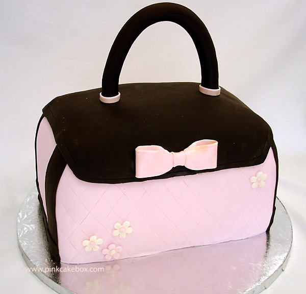 Purse cake / Bolso con forma de bolso
