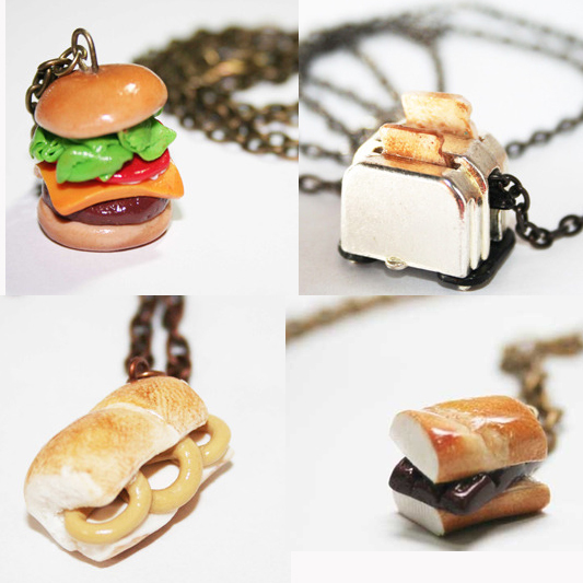 Sandwich necklaces / Collares con forma de bocadillo