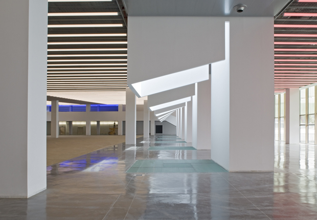 080 Barcelona Fashion. DHUB Building / Edificio