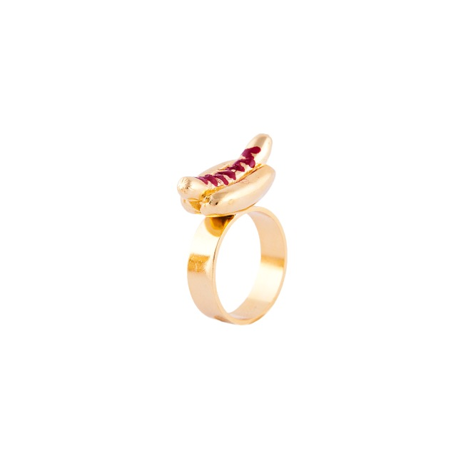 The hot Dog Ring €49.50 by Glenda Lopez