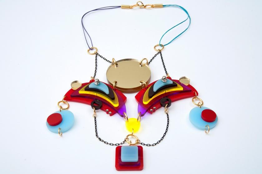 Architectural fashion jewelry by Nefelia