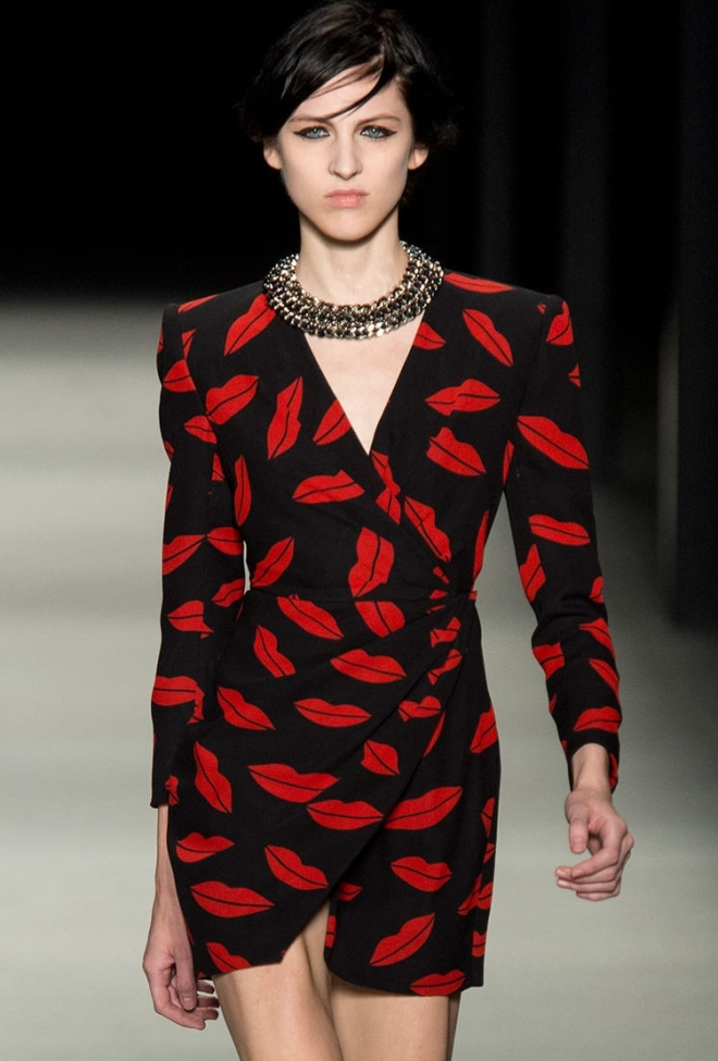 saint_laurent_lips_dress_2014_spring_summer_blac