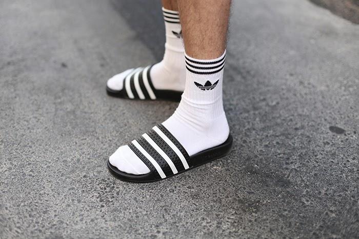 Buena suerte apuntalar tornado  Adidas #socksnslides – muymia