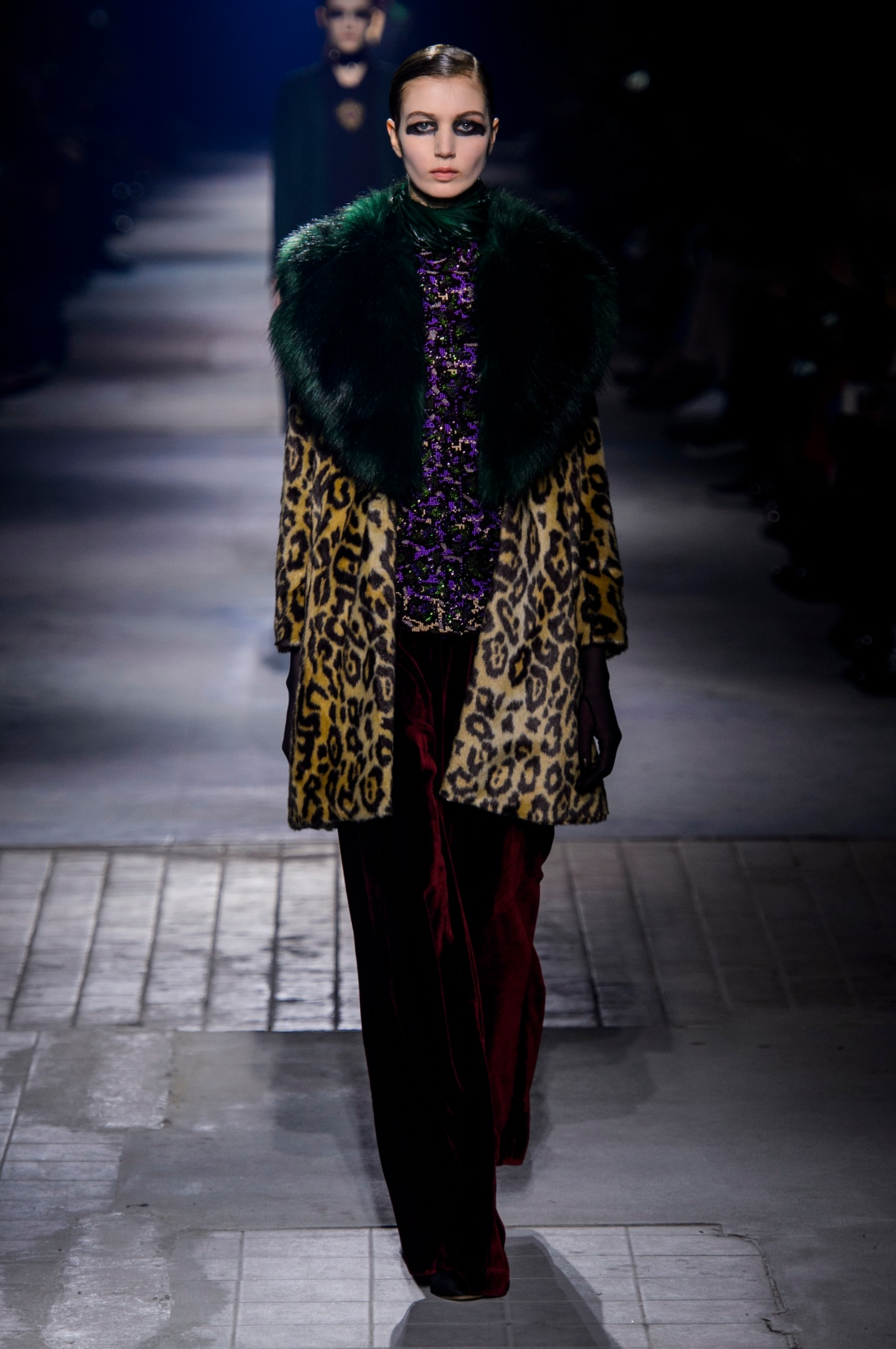 Dries_Van_Noten_dvn_aw16_119_hr