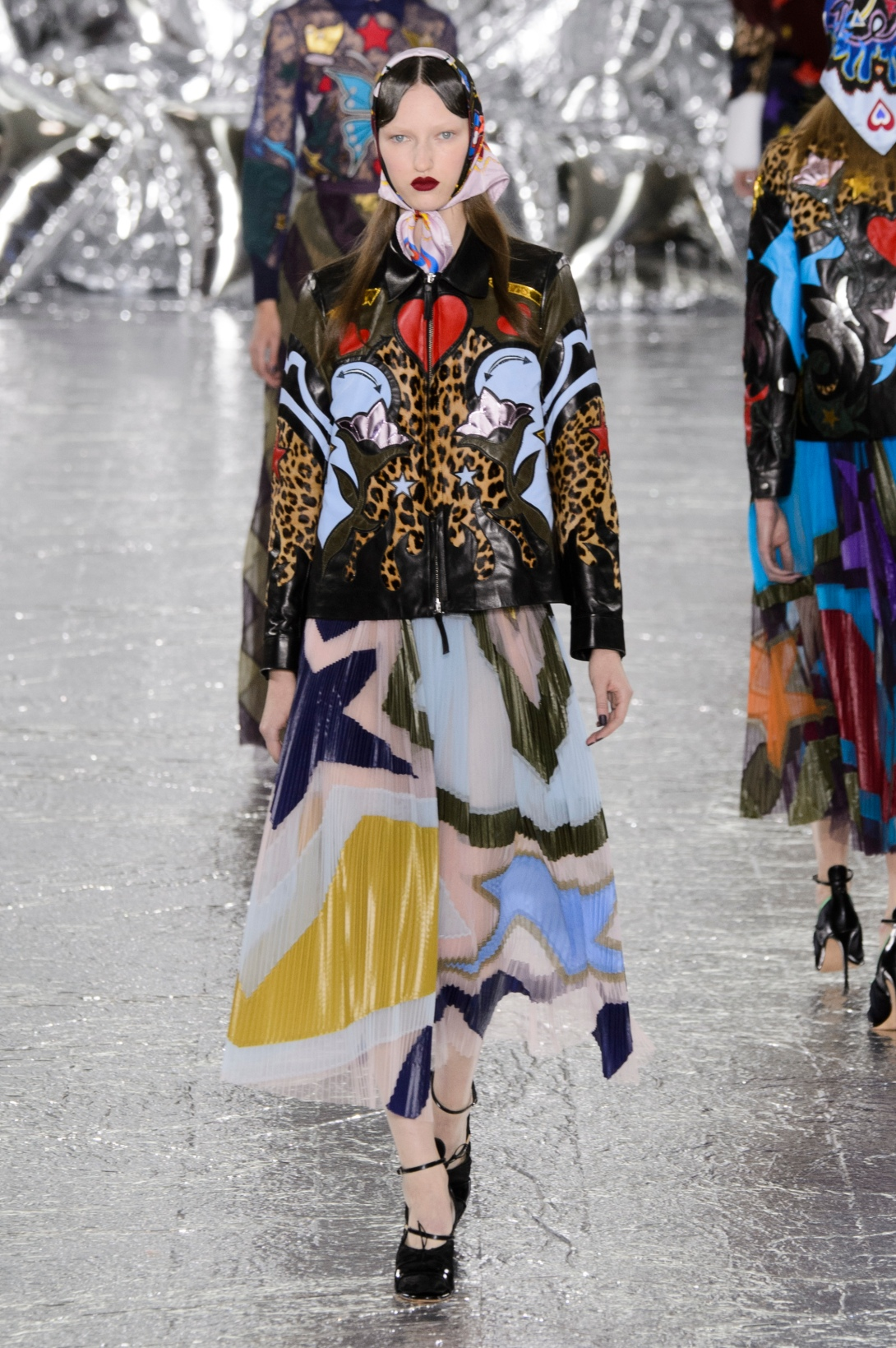 Mary_Katrantzou_mkt_aw16_101_hr