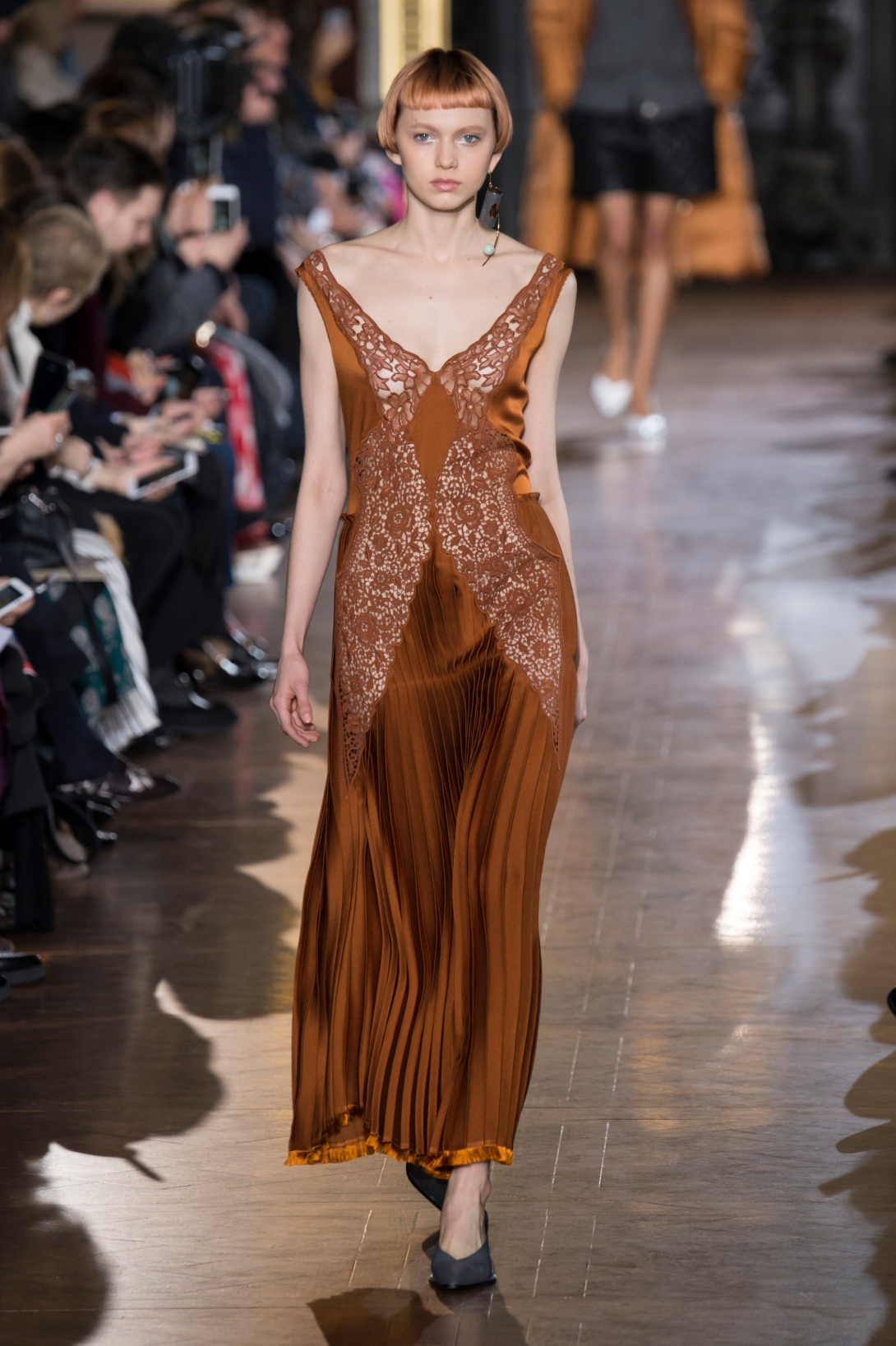 Stella_McCartney_smc_aw16_009_hr